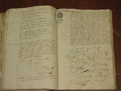 Ancien registre de délibérations